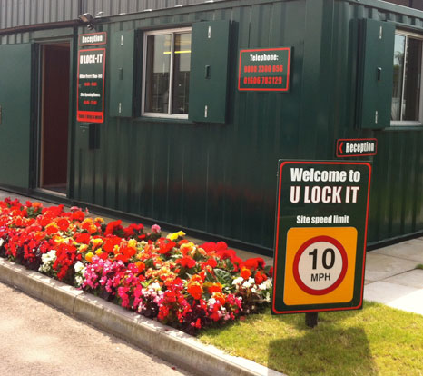 secure self storage units for hire in cheshire i u lock it. Black Bedroom Furniture Sets. Home Design Ideas